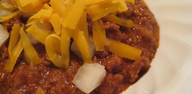Chuckwagon Chili with cheddar and onions