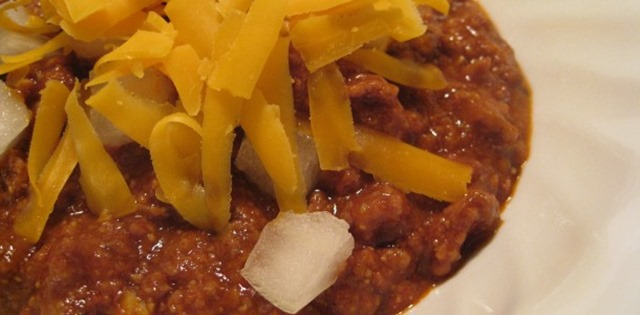 Chuckwagon Chili with cheddar and onions